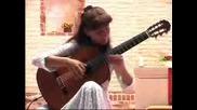 Анастасия Бардина на седемструнна китара