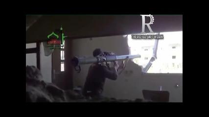 Глупав терорист се взриви с базуката си