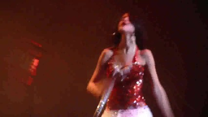 Selena Gomez - Who Says - Live (hd) - Power Balance Pavillion - 12 1 11