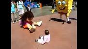Sponge Bob Имитира Дете