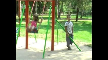 драма с децата от Асеновград