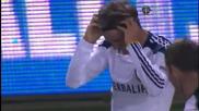 Дейвит Бекъм гол от корнер David Beckham scores goal off of a corner kick
