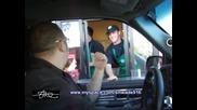 Steve Meade събира очите на касиера в Starbucks!!! - Chevy Tahoe 4x18 + Rf Amps