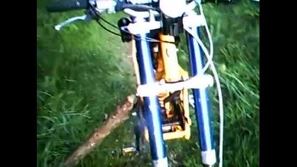 Извънземно.. Kawasaki 125 Kx