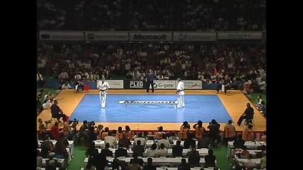 Nesterenko vs. Tsukamoto 9th World Karate Championship Quarterfinal4