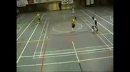 Street soccer...football... Много добро. ;)