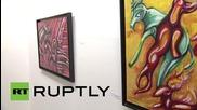 Русия: Бащата на Саркози с изложба в Москва