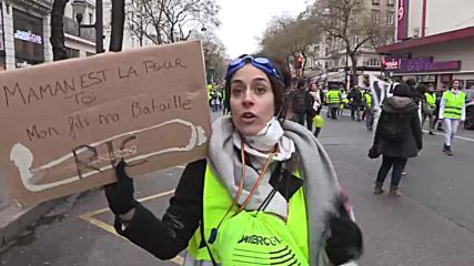 France: Scuffles erupt in Paris as women's 'Yellow Vests' hold protest march