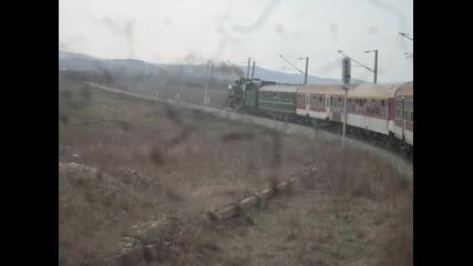 Парен локомотив 01.23 на изхода на Волуяк