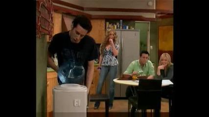 Най - Смешната сцена от Joey