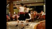 Атина с Романтик травъл (052) 697097; www.romantictravel.bg