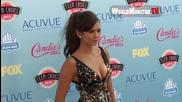 Нина Добрев на синия килим на ' Teen Choice Awards 2013 ' H D
