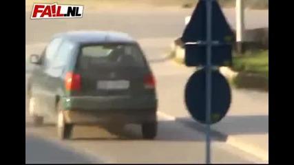 Да караш на ръчна :)