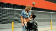 Maroon 5 - Moves Like Jagger ft. Christina Aguilera (officia