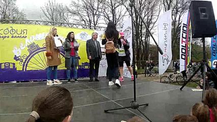 София кара колело и тича за по-чист въздух-велошествие ! Tombola part. 2
