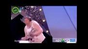 Дебелачка танцува - луд смях