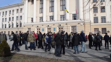 Ukraine: Opposing protesters clash in Zaporozhye, arrests made