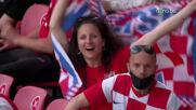 Колоритни фенове по трибуните за Хърватия и Чехия