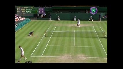 Джокович и Ферер се класираха на 1/8 финалите в Лондон