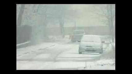 Сняг в София дни преди зимата