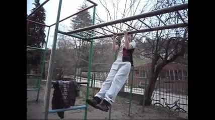 Тренировка на лостове ( Стреет - Фитнесс - белоградчик )
