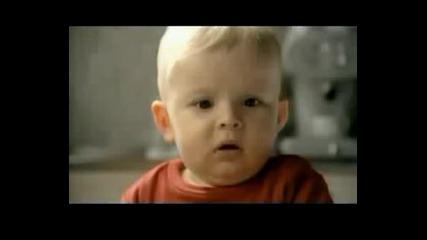 Реклама на Kaviar - Танцуващо бебе