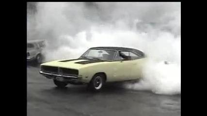 Burnout Muscle Car Dodge Charger Dream Car illegal