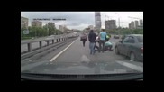 Черна Mazda убиец катастрофа на Проспект Мира 13.05.2012