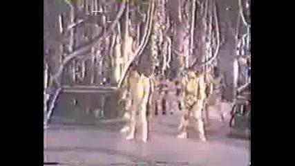 Супер Як Brake Dance