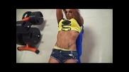Надя Петрова - Български фитнес модел!