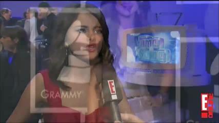 Selena Gomez - Interview E News