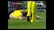 Изключително злощастен и смешен автогол на Puyol в мача Almeria - Barcelona 2:2 краен резултат