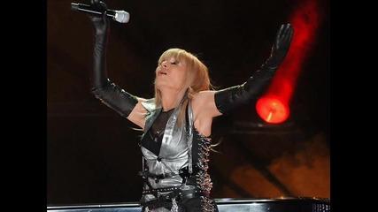 Лили Иванова - Чуждо щастие ( Kонцерт 07.10.2009 )