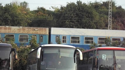 Влак сниман от автогарата 2