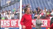 Женски футбол- мач № 200 на Аби Уамбах за националния отбор