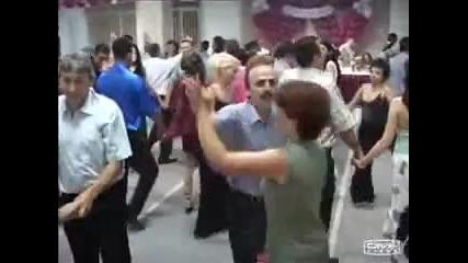 Шамари на свадба