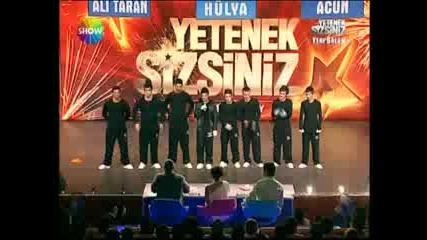 Yetenek Sizsiniz Turkiye - Break Dance