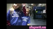 Miley World Video Miley with Fans at Wonderworld (just Miley)