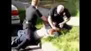 Лос Анжeлис - Полицай Бие Бандит