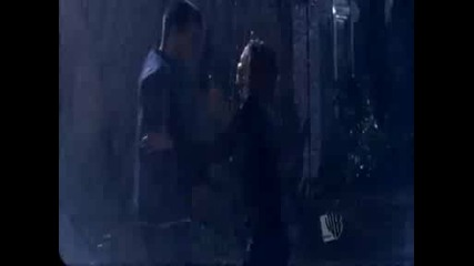 Brooke And Lucas In The Rain - One Tree Hill