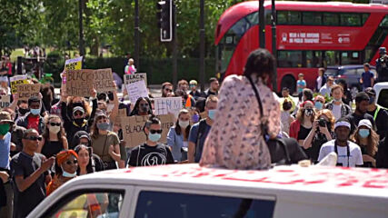 UK: Dozens of protesters join anti-racism demo in London
