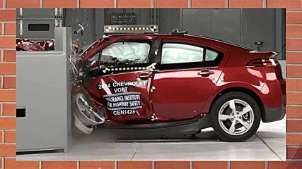 Краш тестове - кой автомобил е по-здрав