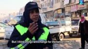 Сирийска жена регулировчик определя правилата