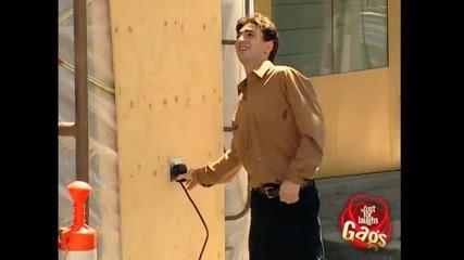 опасно електричество. скрита камера