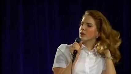 Lana Del Rey неможела да пее да бе да