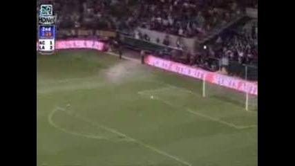 Beckham 70 Yard Goal - La Galaxy Vs. Kansas City Wizards - Hq