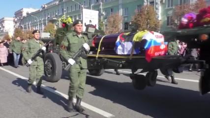 Ukraine: Thousands mourn death of DPR fighter Arsen 'Motorola' Pavlov