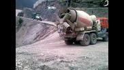 Този бетоновоз да е претоварен Абсолютни глупости… няма нищо такова!