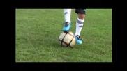 изумителен - 7 - годишен футболен талант