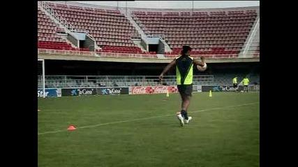 Ronaldinho Nike футбол